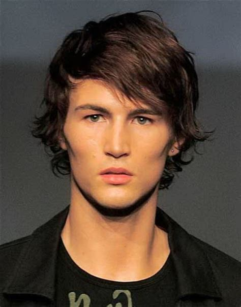 boy hair cuts with a little length men medium length haircuts