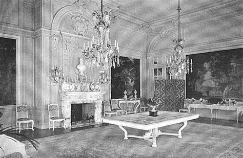rosecliff dining room palace mansion pinterest the o dining room at rosecliff the house of mrs hermann