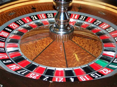 click on a thumbnail below to select a larger image that photographs club 21 fun casino hire droitwich