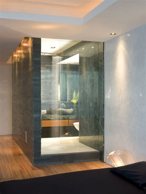 Shower Power: Unforgettable Designs to Wash Away Your Cares