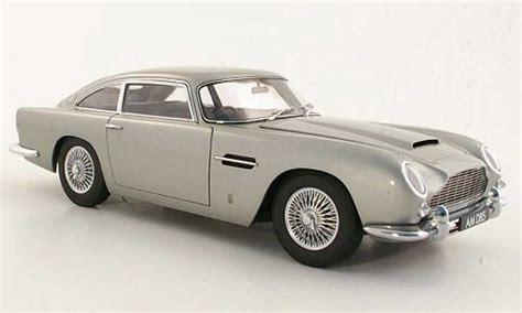 aston martin db5 gray rhd autoart diecast model car 1 18