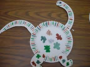 Paper Plate Dinosaur Craft - ode to the paper plate craft notes from the black lagoon