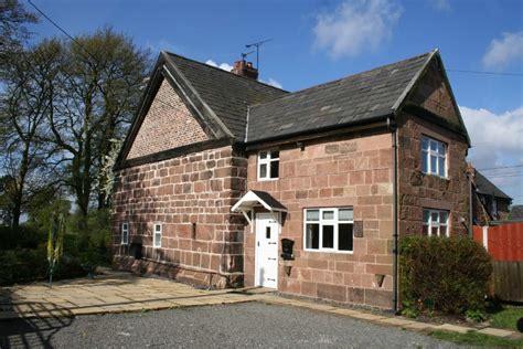 2 bedroom cottage for sale in park cottages kinseys