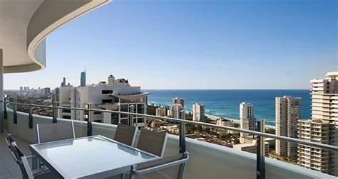 sub penthouse apartments at the wave resort broadbeach