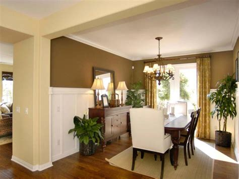 wainscoting ideas for dining room best 25 wainscoting dining rooms ideas on pinterest