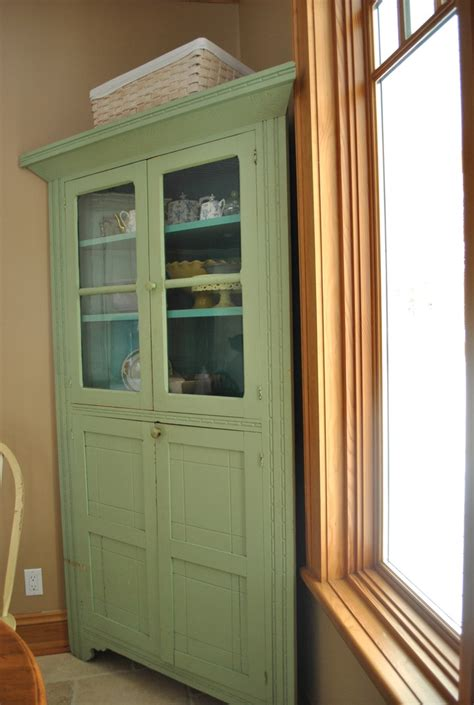 images  antique corner cabinets  pinterest