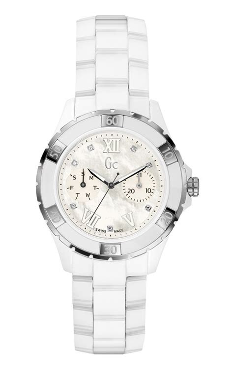 Guess Collection Gc Sport Class Ceramic X69105l1s gc la collection sport classe luxe des montres guess