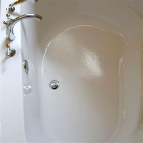 Scratched Bathtub by How To Remove Scratches From A Bathtub Simple Acrylic