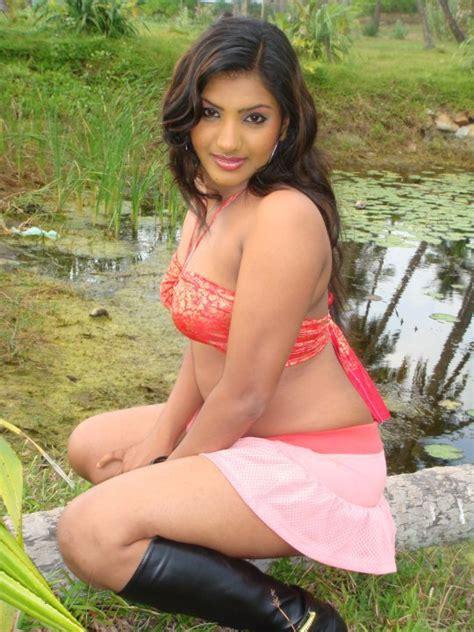 sri lankan actress back side photos sri lanka model photos anuththara sooriyabandara