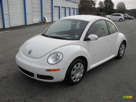 volkswagen car white 2010 volkswagen new beetle 2 5 coupe in candy white
