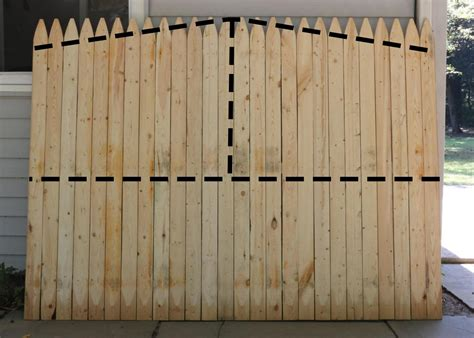 pallet fence patio backyard small ideas