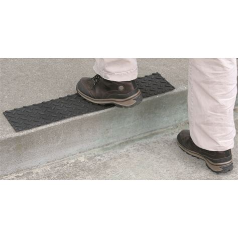 disable mat step self adhesive rubber safety step tread