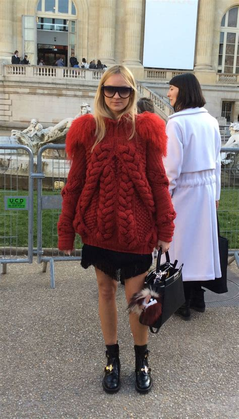 Zara Gift Card Sainsburys - paris fashion week street style watch how the fash pack do it marie claire