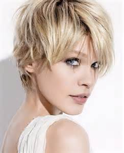 hairstyles with feathered sides feathered hairstyles for short hair