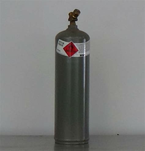 Acetylene Cylinders Mc10 Acetylene Cylinder Quest Cylinder New And Used Industrial Gas Cylinders