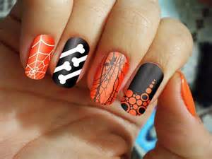 awesome yet scary halloween nail art designs amp ideas 2013