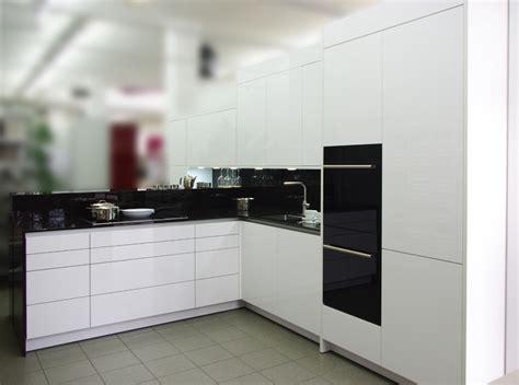 Acryl Arbeitsplatte by Rotpunkt K 252 Chen Zum G 252 Nstigen Preis Designerk 252 Chen