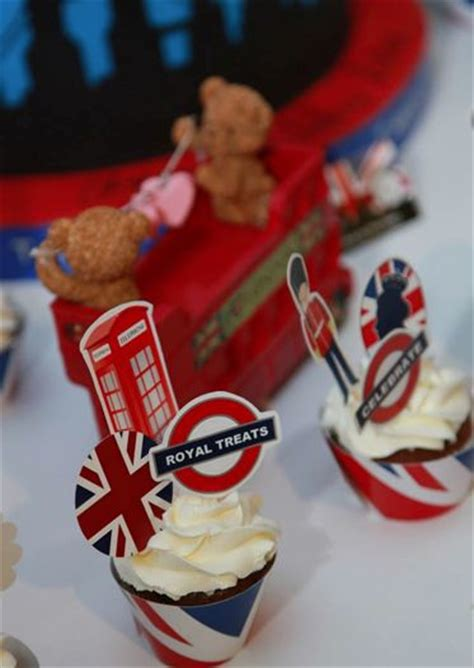 themes in jack london s to build a fire 21 best london themed birthday party images on pinterest