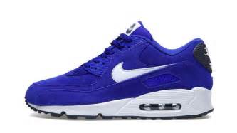 Nike air max 90 hyper blue sail new images sole collector