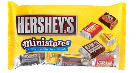 Hershey Giveaway - hershey s miniatures an ideal sweet treat for game time giveaway she scribes