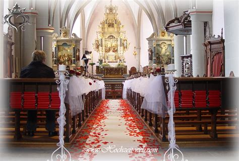 dekoration hochzeit kirchendekoration und dekoration f 252 r trauung im freien
