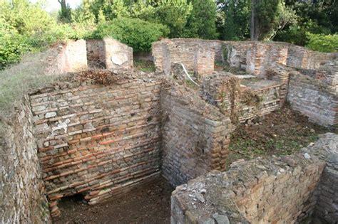 regio i insula xi domus del tempio rotondo i xi 2 3 regio i insula xiii domus delle gorgoni i xiii 6