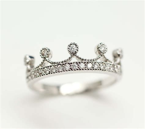 crown ring design in gold and platinum