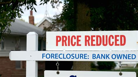 how to bargain when buying a house risks and rewards of buying a foreclosure property