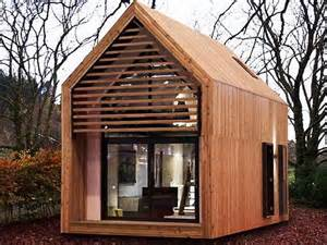 Small Home Costs How Much Does A Small House Cost With The Material Walls