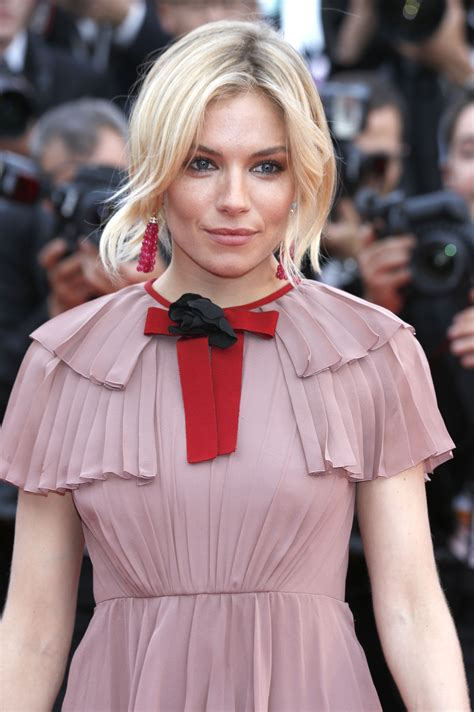 most beautiful blonde actresses under 30 54 celebrities who are giving us major blond ambitions
