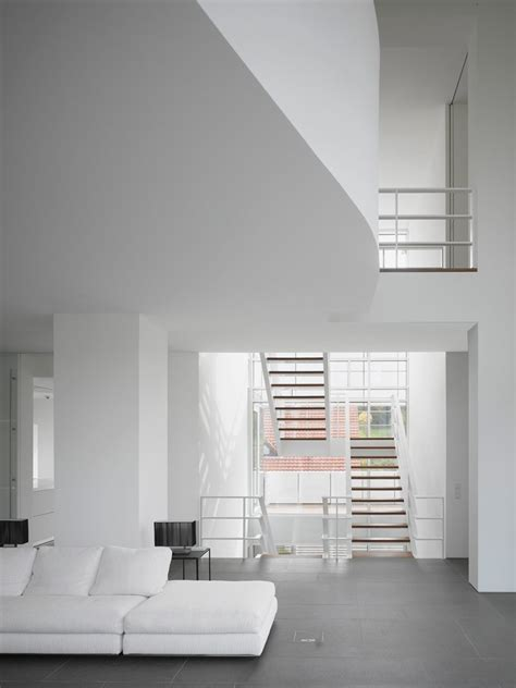 luxembourg house  richard meier built  privacy