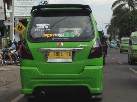 Emblem Tulisan Toyota Kecil pom kir eh honda jazz jadi angkot di sukabumi