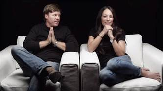 how to contact joanna gaines chip and joanna gaines differences make our marriage