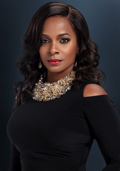 vanessa bell vanessa bell calloway returns for more drama as lady ella johnson on bounce tv s saints