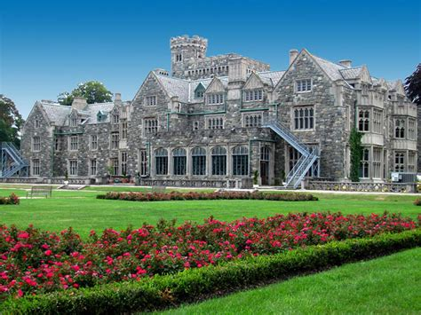 10 Historic Mansions to Visit on Long Island from the Gold