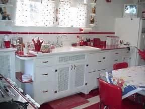 Sleek retro kitchen decorating ideas 53657 home design ideas