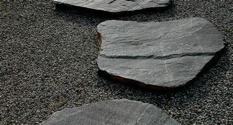 pietre per giardino zen giardini zen tipi di giardini come realizzare dei
