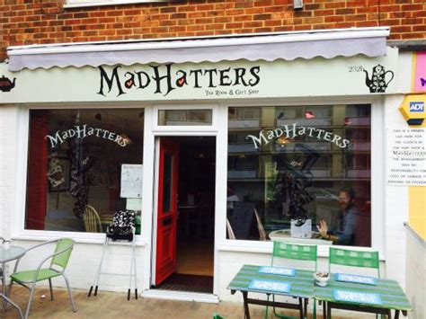 mad hatters tea room mad hatters tea room gift shop изображение mad hatters tea room gift shop хейлинг айленд