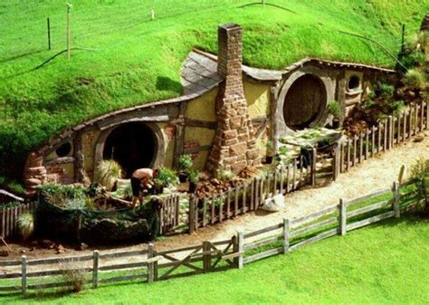 hobbit house new zealand hobbit town new zealand just images pinterest