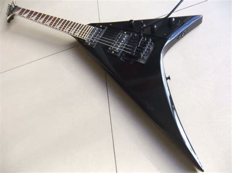 Gitar Jackson V Rr Black free shipping jackson flying v electric guitar rr1 model
