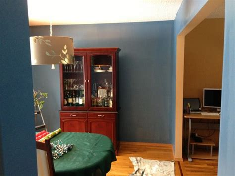 paint that goes with cherry wood furniture