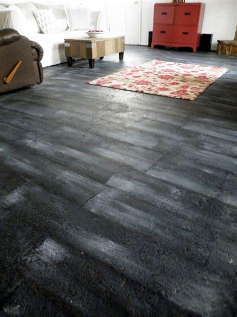 Textured Stone Spray Paint - living room floor done twentysixfiftyeight