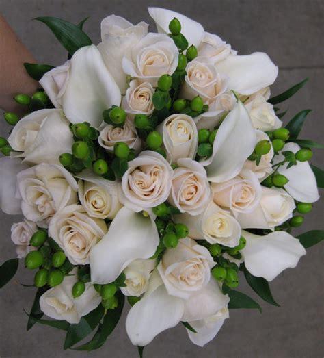 mini calla lily stadium flowers