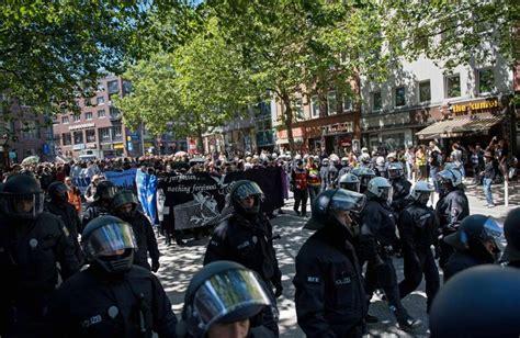 consolato italiano amburgo g20 amburgo italiani arrestati per gli scontri 13