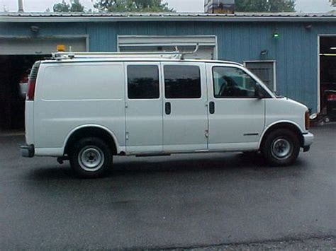 buy used 2001 chevy 2500 express cargo 90k in mine
