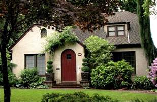 Cottage Homes Pictures by Stucco Tudor Cottage Exterior House Colors