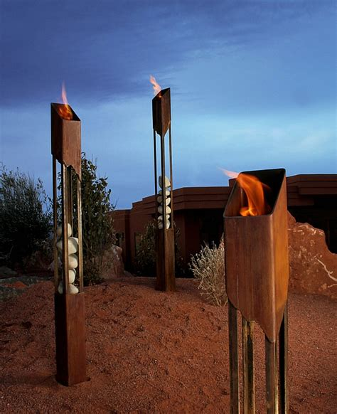 outdoor beleuchtung outdoor beleuchtung ideen tiki fackeln erhellen ihre