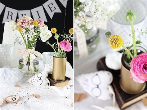 Hochzeitsdeko Modern by Hochzeitsdeko Im Schwarz Wei 223 Look Mit Bunten Blumen Ich