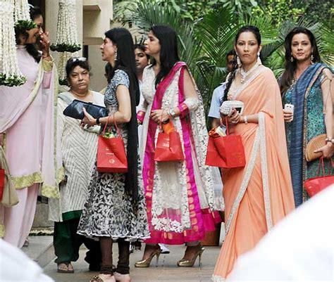 aishwarya baby shower tamil cinema gossip aishwaryarai bachan s baby shower