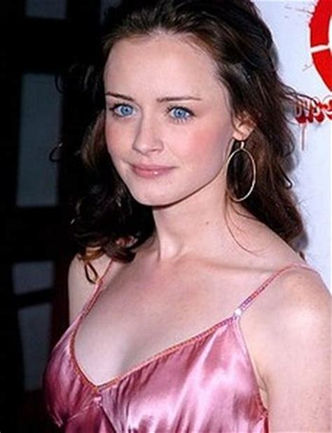 celebrities with prominient forehead celebrities with big foreheads 20 pics picture 1